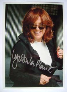 Lynda La Plante autograph