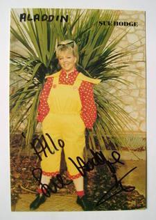 Sue Hodge autograph