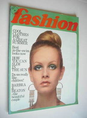 Fashion magazine - July 1969 - Twiggy cover