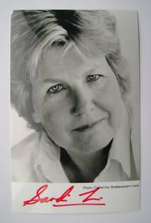 Sandi Toksvig autograph