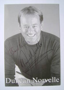 Duncan Norvelle autograph (hand-signed photograph)