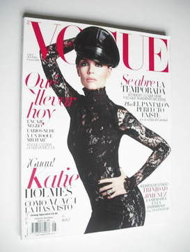 <!--2011-08-->Vogue Espana magazine - August 2011 - Katie Holmes cover