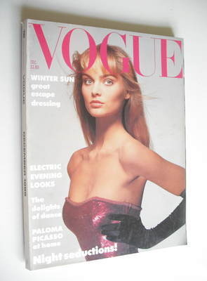 <!--1986-12-->British Vogue magazine - December 1986 - Carine Holties cover