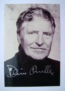 Denis Quilley autograph (hand-signed photograph)