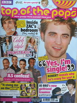 <!--2009-06-24-->Top Of The Pops magazine - Robert Pattinson cover (24 June
