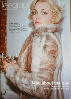 <!--2004-09-18-->Telegraph magazine - Sophie Dahl cover (18 September 2004)