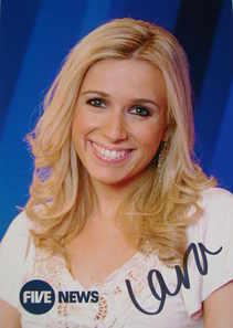 Lara Lewington autograph