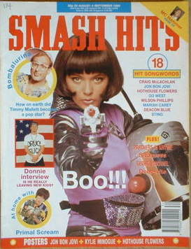 <!--1990-08-22-->Smash Hits magazine - Betty Boo cover (22 August-4 Septemb