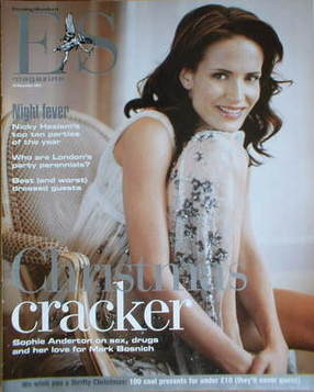 <!--2003-12-19-->Evening Standard magazine - Sophie Anderton cover (19 Dece