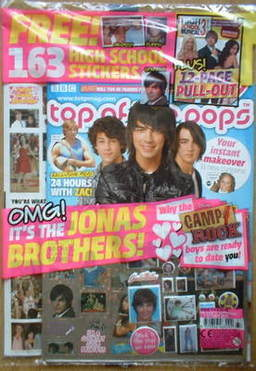 <!--2008-09-10-->Top of the pops magazine - The Jonas Brothers cover (10 Se