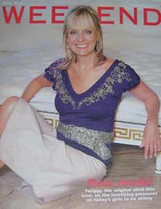 <!--2006-03-18-->Weekend magazine - Twiggy cover (18 March 2006)