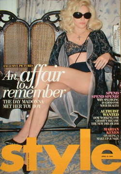 <!--2009-04-19-->Style magazine - Madonna cover (19 April 2009)