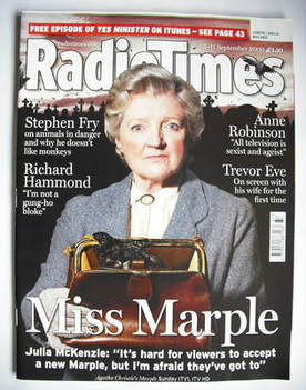 <!--2009-09-05-->Radio Times magazine - Julia McKenzie cover (5-11 Septembe