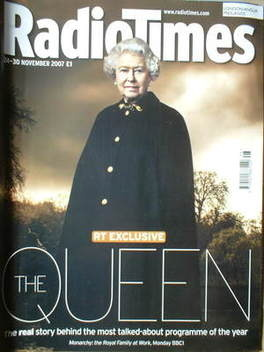 <!--2007-11-24-->Radio Times magazine - The Queen cover (24-30 November 200
