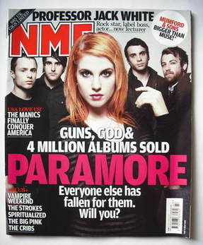 <!--2009-10-24-->NME magazine - Paramore cover (24 October 2009)