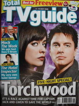 Total TV Guide magazine - John Barrowman and Eve Myles cover (4-10 July 2009)