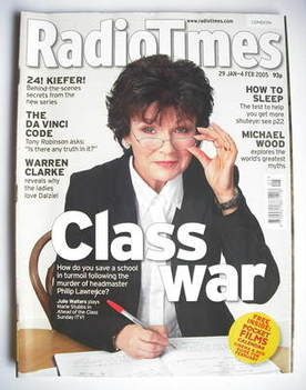 <!--2005-01-29-->Radio Times magazine - Julie Walters cover (29 January-4 F