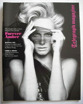 <!--2009-08-29-->Telegraph magazine - Amber Valetta cover (29 August 2009)