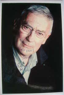 Edward Woodward autograph (hand-signed photograph, dedicated)