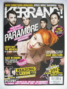 <!--2009-09-19-->Kerrang magazine - Paramore cover (19 September 2009 - Iss