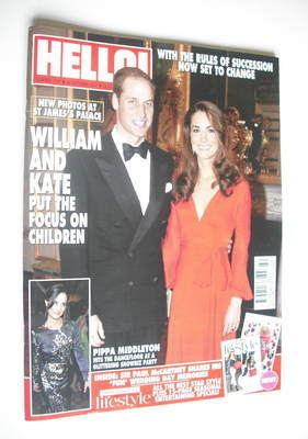 <!--2011-10-24-->Hello! magazine - Prince William and Kate Middleton cover