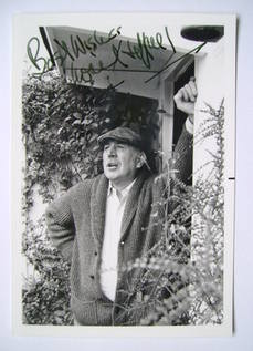 Lionel Jeffries autograph
