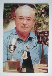 Reg Gutteridge autograph
