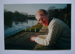 Bamber Gascoigne autograph  (hand-signed photograph, dedicated)