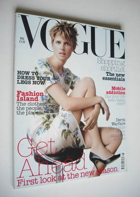 <!--2003-08-->British Vogue magazine - August 2003 - Stella Tennant cover