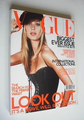 <!--2001-09-->British Vogue magazine - September 2001 - Gisele Bundchen cov