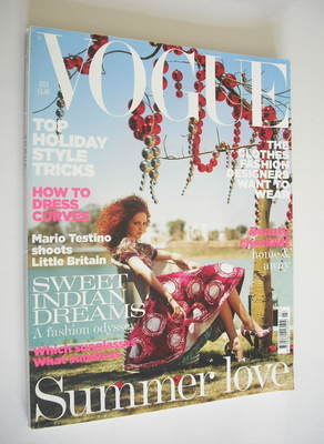 <!--2005-07-->British Vogue magazine - July 2005 - Lily Cole cover
