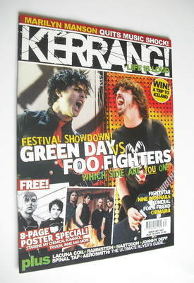 <!--2005-07-30-->Kerrang magazine - Green Day vs Foo Fighters cover (30 Jul