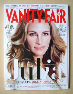 <!--2012-04-->Vanity Fair magazine - Julia Roberts cover (April 2012)