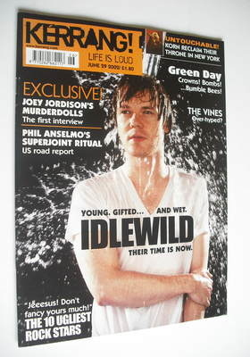 <!--2002-06-29-->Kerrang magazine - Roddy Woomble cover (29 June 2002 - Iss