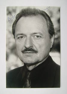Peter Bowles autographed photo