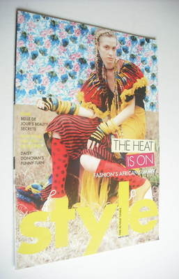 <!--2005-05-22-->Style magazine - The Heat Is On cover (22 May 2005)
