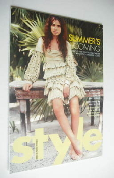 Style magazine - Summer's Coming cover (1 May 2005)