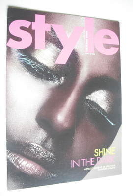 <!--2004-06-13-->Style magazine - Shine In The Dark cover (13 June 2004)
