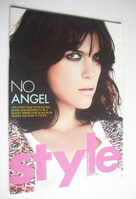 <!--2005-01-23-->Style magazine - Selma Blair cover (23 January 2005)