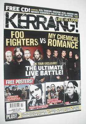 <!--2007-11-24-->Kerrang magazine - Foo Fighters vs My Chemical Romance cov