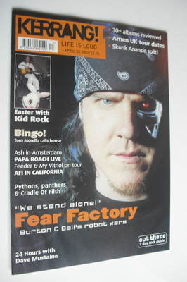 <!--2001-04-28-->Kerrang magazine - Fear Factory cover (28 April 2001 - Iss