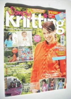 Simply Knitting magazine (Issue 20 - October 2006)