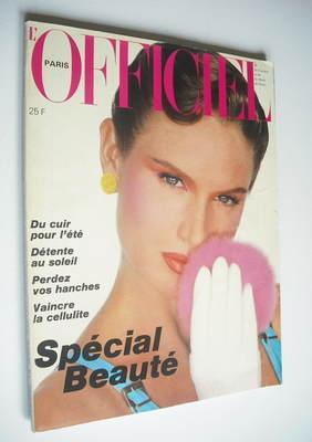 <!--1982-05-->L'Officiel Paris magazine (May 1982)