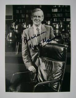 Magnus Magnusson autograph