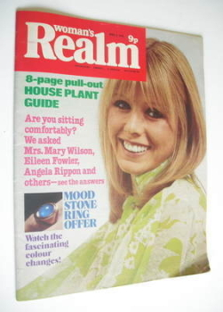Woman's Realm magazine (3 April 1976)