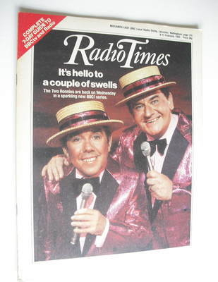 <!--1985-02-09-->Radio Times magazine - The Two Ronnies cover (9-15 Februar
