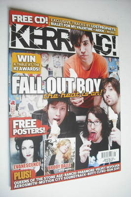 <!--2007-06-23-->Kerrang magazine - Fall Out Boy cover (23 June 2007 - Issu