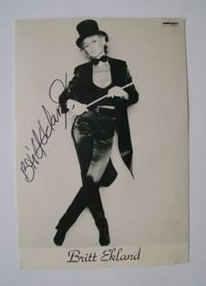 Britt Ekland autograph (hand-signed photograph)