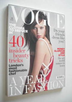 <!--2006-01-->British Vogue magazine - January 2006 - Elise Crombez cover