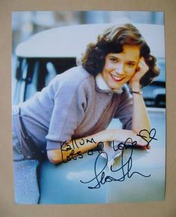 Lea Thompson autograph